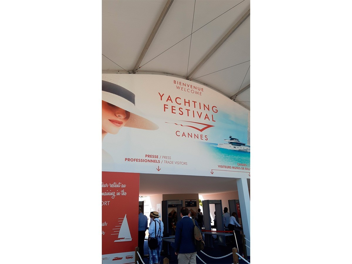 Cannes Yachting Festival 2019 10-15 сентября 2019 года.
