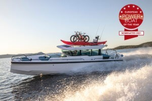 Axopar 37 XC Cross Cabin номинирован на премию European powerboat of the year 2021