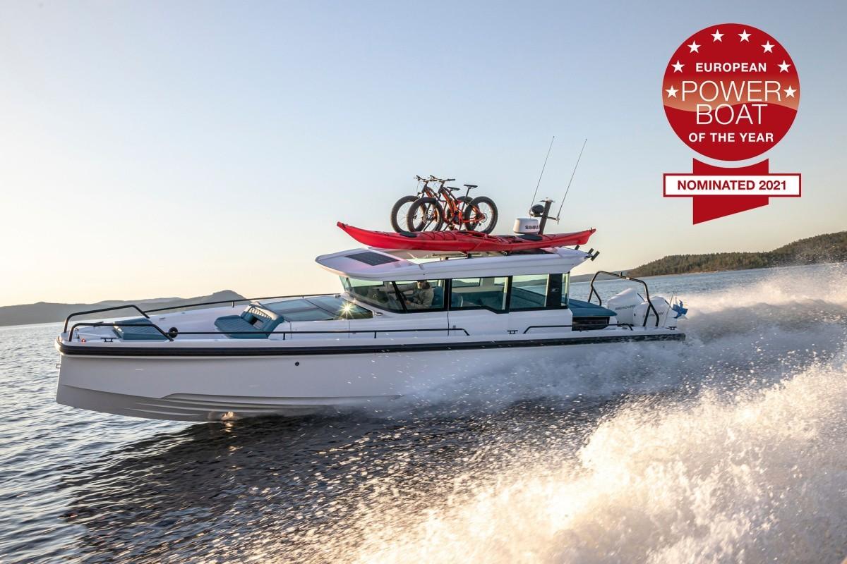 Axopar 37 XC Cross Cabin номинирован на премию European powerboat of the year 2021