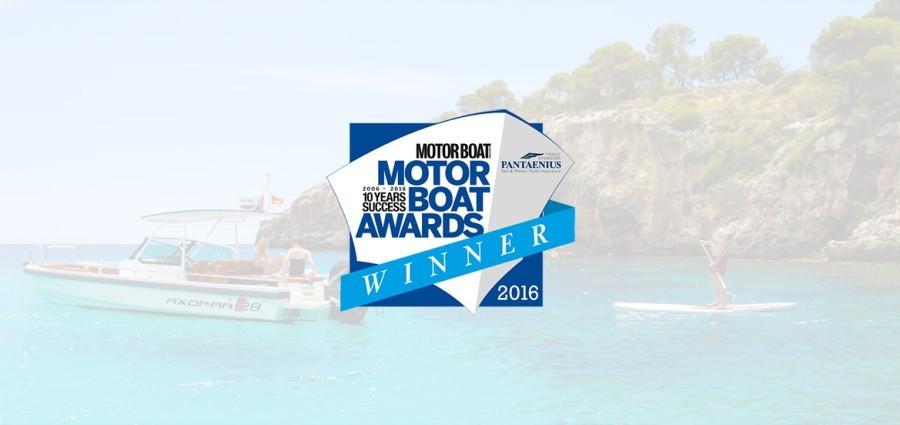 Серия Axopar 28 завоевывает престижный титул «Моторная лодка года 2016»!